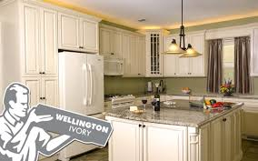 kitchen cabinets island ny fabuwood wood kitchen cabinets discount prices copiague