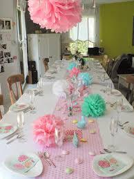 deco table rose et gris déco éphémère en noir et blanc pour anniversaire 20 ans kézako déco