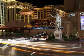 caesars shareholders take new steps to emerge from bankruptcy