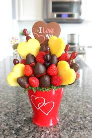 edible food arrangements edible arrangements on s day is a must budget savvy