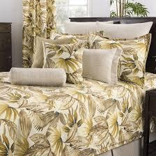 Best 25 Teen Comforters Ideas by Best 25 Brown Comforter Ideas On Pinterest Blue Brown Bedrooms