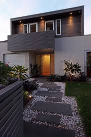 Landscaping Ideas For Front Of House by 7 Landscaping Ideas For Your Front Yard Contemporist