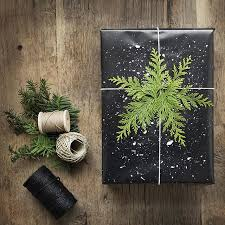black wrapping paper 416 best christmas gift wrapping images on christmas
