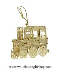 2014 white house ornamet set includes the white house gift
