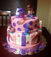 doc mcstuffins birthday cake doc mcstuffins cake cakepins zoe 9th bday doc