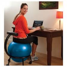 Bounce Ball Chair The Kneeling Chair Vs The Yoga Ball Chair Battle For