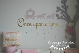 deco chambre princesse stickers carosse licorne once upon a doré décoration