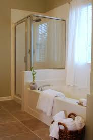 Pinterest Bathroom Shower Ideas by Best 20 Bathroom Staging Ideas On Pinterest Bathroom Vanity