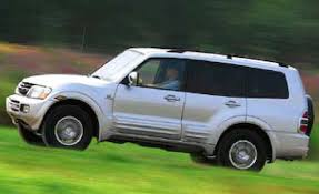 mitsubishi montero 2017 mitsubishi montero limited comparison tests comparisons car