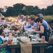wedding rehearsal dinner ideas 10 ways to make your rehearsal dinner awesome weddingwire