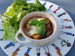 cuisiner la veille pour le lendemain le lundi c est veggie cocotte d aubergines aux poivrons fromage