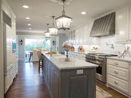 Country Kitchens With White Cabinets by 9 Kitchen Color Ideas That Aren U0027t White Hgtv U0027s Decorating