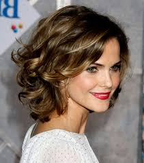 medium length hairstyles fabulous medium length hairstyles for round faces 37 ideas with