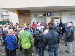 bureau de poste ouvert la nuit rambouillet ils manifestent pour sauver leur bureau de poste dans