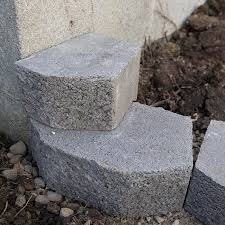 How To Install A Concrete Patio How To Build A Retaining Wall