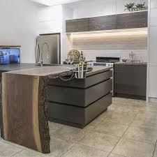 cuisine 2 couleurs cuisine en bois frene meilleur de armoires contemporaines en