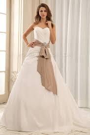 robe de mari e classique robe de mariée classique froncée croisée ruban a ligne taffetas