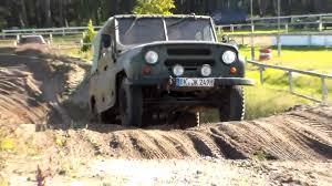 uaz jeep uaz 469 im gelände militärmotorradtreffen dolle 2015 youtube