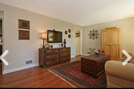 wall color to offset red in living room hardwood floors