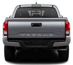 toyota tacoma tailgate top 5 reasons to consider the 2016 toyota tacoma thomasville toyota