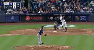 Aaron Judge Breaks Joe Dimaggio S Yankees Rookie Home Run Record - aaron judge blasts 30th dinger to break joe dimaggio s yankees