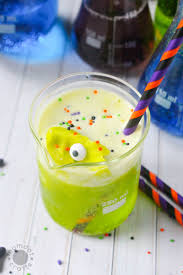 cemetery dirt cups with candy zombies halloween party idea momdot