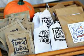 diy halloween trick or treat bags a free printable