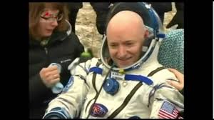 nasa u0027astronaut u0027 scott kelly returns to earth from iss footage on