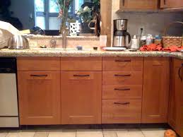 where to place knobs on kitchen cabinets cabinet hardware placement kitchen cabinets hardware placement