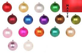 display it ornaments plastic wholesale ornaments