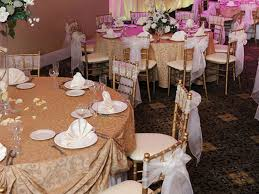 wedding table linens new trends in wedding table linens