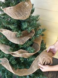 using burlap in your christmas tree add white lights click