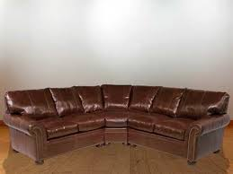 Classic Sectional Sofa Classic Leather Easton Sectional Sofa Clsfeastons