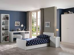Chambre A Coucher Blanche by