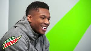 watch as milwaukee bucks star giannis antetokounmpo pulls off the
