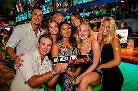 drink nightclub halloween party monday night pub crawl at the top bars u0026 clubs on the gold coast