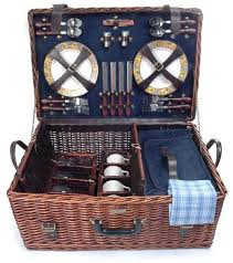 picnic basket set for 4 298 best picnic baskets images on picnic baskets