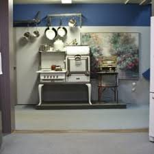 Kingdom Interiors Chilliwack Frigidaire Appliance Store Furniture Stores 44680 Yale Rd W