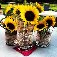 Homemade Table Centerpieces For Parties by Top 25 Best Sunflower Centerpieces Ideas On Pinterest Sunflower