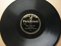 vinyl record worth guide king of pop u0027s u0027thriller u0027 tops online sales but why