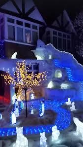 Amber Christmas Lights Dad U0027s Spectacular Christmas Light Display Draws Huge Crowd For Big