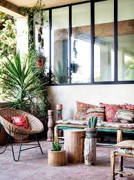 Boho Chic Living Room Ideas by Best 25 Bohemian Patio Ideas On Pinterest Outdoor Spaces