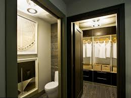 Furniture For Walk In Closet by Walk In Closet Bathroom Plans And Photos Madlonsbigbear Com
