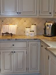 cream glazed kitchen cabinets butter cream glazed kitchen cabinets kitchen tour exclusive 2