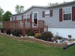 mobile home yard design manufactured home buyers it s o k to call it a mobile home