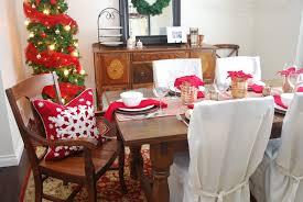 Traditional Christmas Decor Holiday Table Decor Traditional Christmas Lovely Pursuits