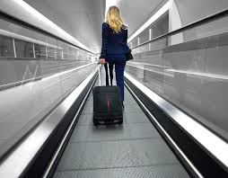 ryanair baggage allowance what size and how much hand luggage can