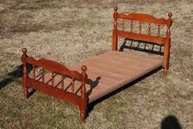 Twin Bed Headboard Footboard 75 Vintage Maple Twin Bed With Headboard Footboard Rails