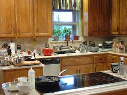 Cleaning Grease Off Kitchen Cabinets Clean Grease Grime Off Kitchen Cabinets Best Home Furniture