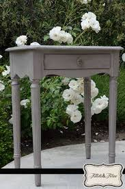 Chalk Paint Side Table Cece Caldwell U0027s Paints My First Chalk Painting Project